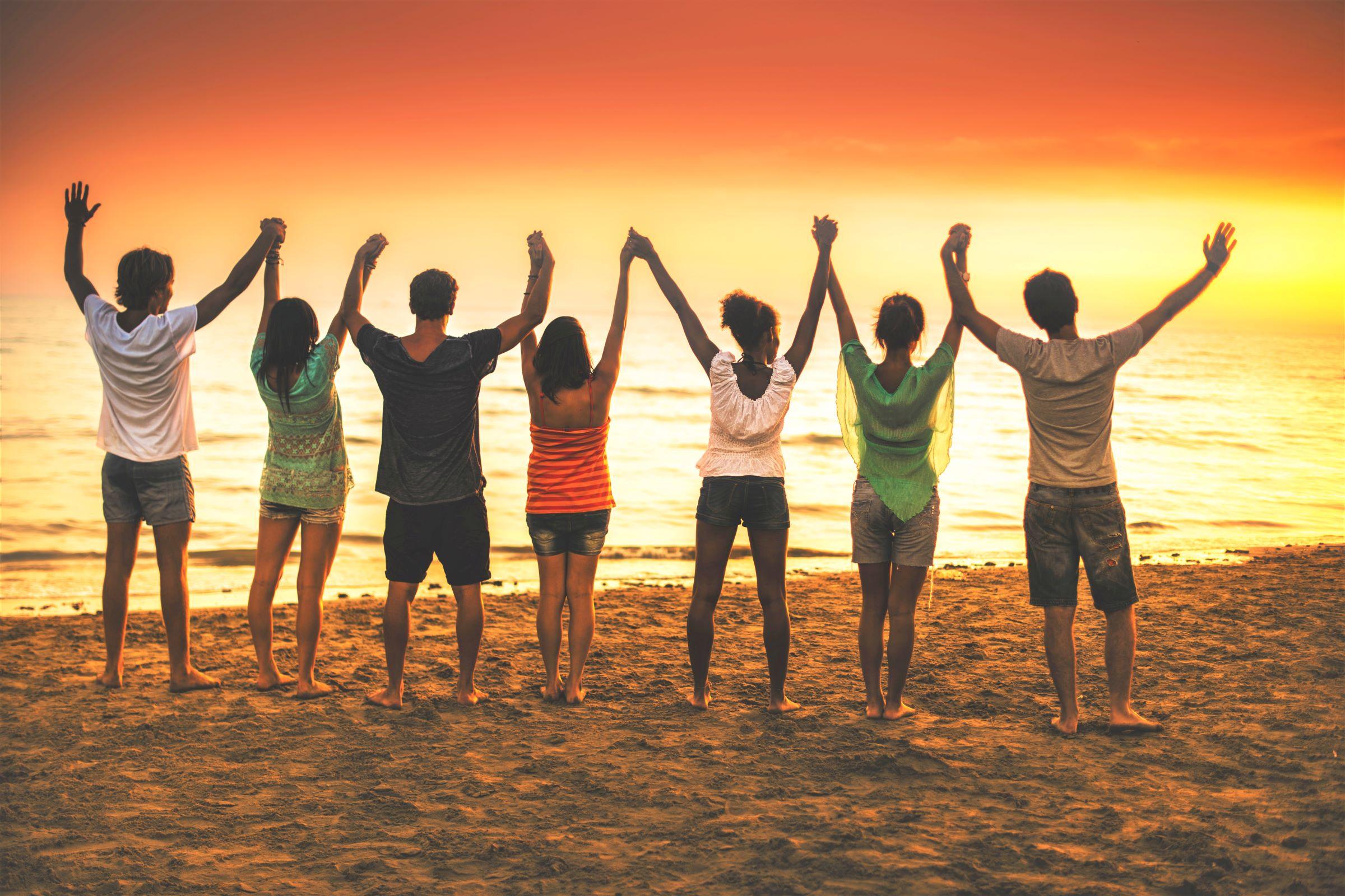 Beach_Retreat_Handraise_Canalside_Inn